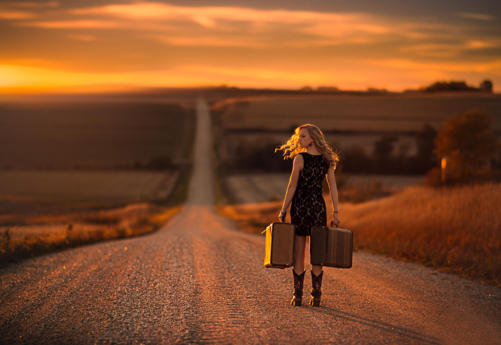 girl-alone-on-the-road-1394144550kng84